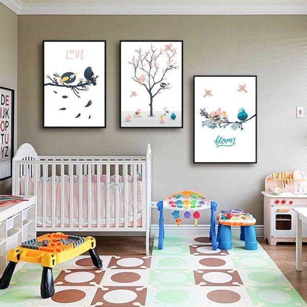 Tranh chim vẽ hoạt hình dễ thương treo phòng cho bé